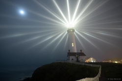 Purpose of a Lighthouse --- Proposito de un Faro